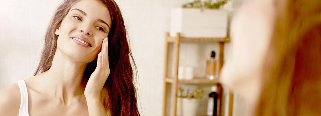 Gesichtspflegeprodukte mit frischem, reinem Bio-Schneckenschleim